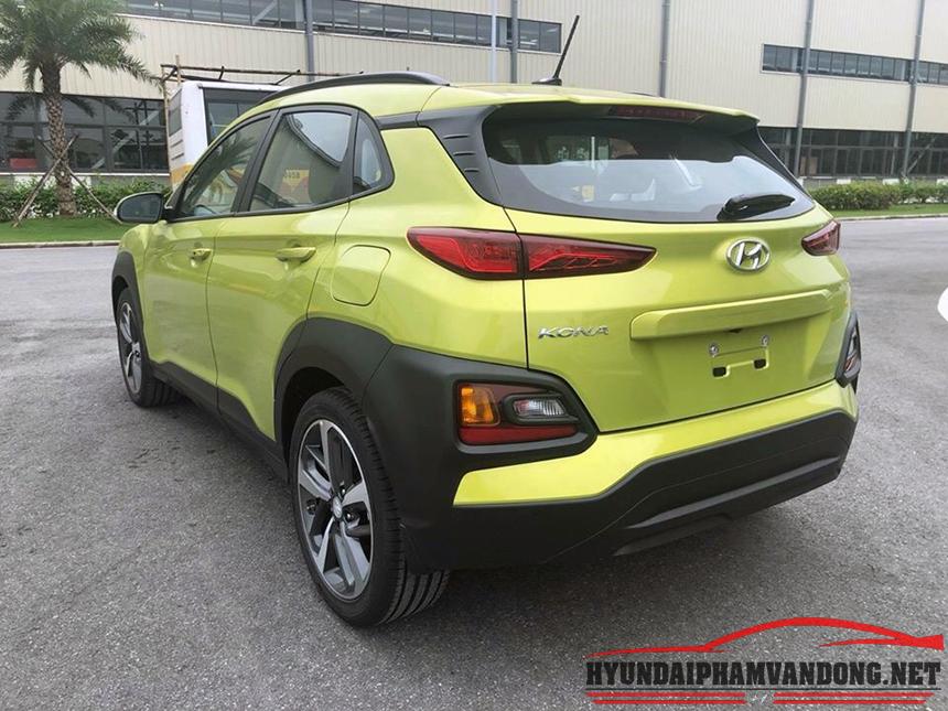 Phần Đuôi Anh Xe Hyundai Kona khá bắt mắt